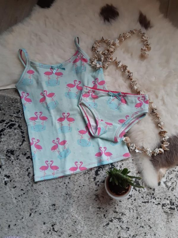 Verbazingwekkend Gratis patroon hemdje en bijpassend ondergoed. - Naaiblog vol HI-36
